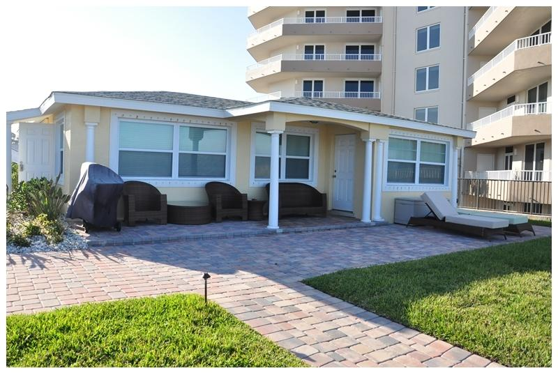 Front view. - Fall Home $pecial -Vacation Home - North Villa - Daytona Beach - rentals