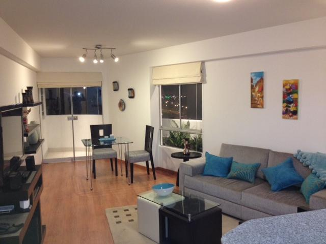 New Apart!City/ Ocean*Views!6 blocks from Beach! - Image 1 - Lima - rentals