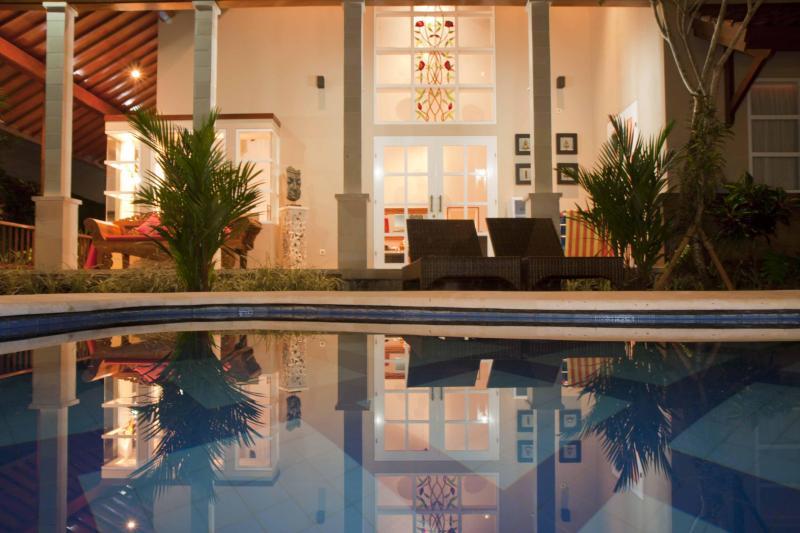 pool at night - Villa Kawan Sanur Luxury Family 3 bedroom Villa, - Sanur - rentals