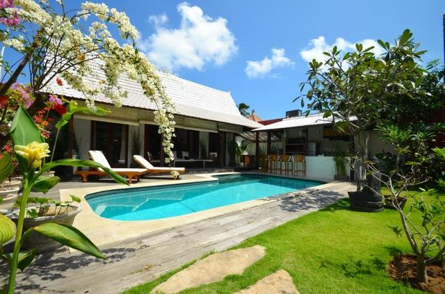 Villa Clochette Bali : 2 bedroom villa in Seminyak - Image 1 - Kuta - rentals