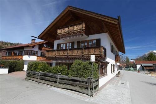 LLAG Luxury Vacation Apartment in Mittenwald - 700 sqft, quiet, central, cozy (# 3184) #3184 - LLAG Luxury Vacation Apartment in Mittenwald - 700 sqft, quiet, central, cozy (# 3184) - Mittenwald - rentals