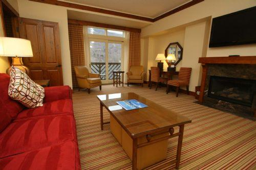 Junior Suite 362 at Stowe Mountain Lodge - Image 1 - Stowe - rentals