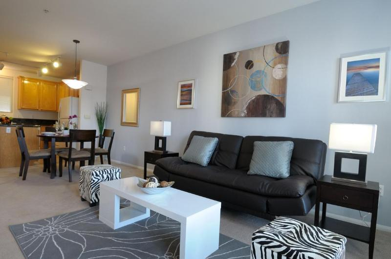 Sofa Bed in Living Room - Close to Convention Center, Prime Location! - Pacific Beach - rentals