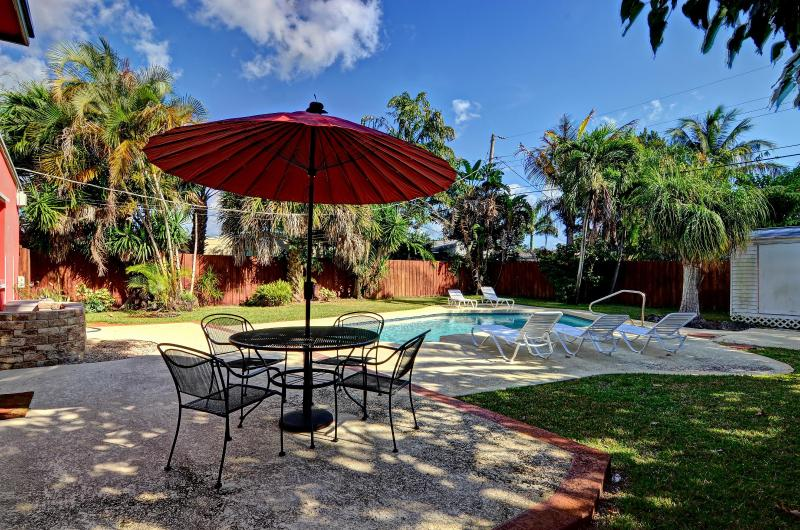 3BR w/ Solar Heated Pool Near everything in FTL - Image 1 - Fort Lauderdale - rentals