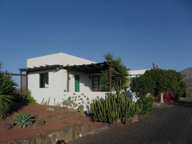 Holiday home Casa Las Breñas - Image 1 - Lanzarote - rentals