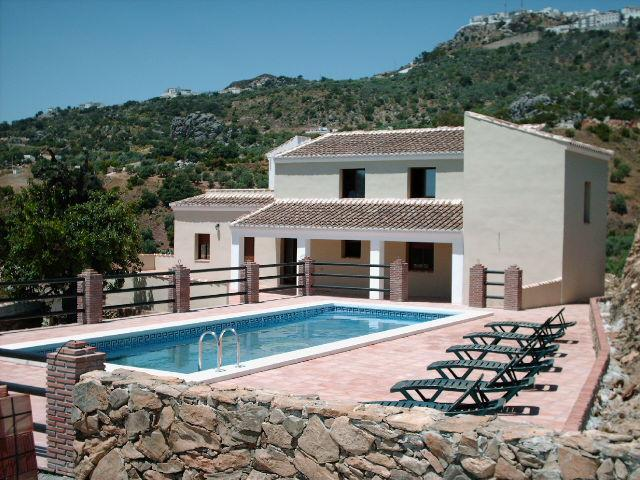 Pool and Terraces - Villa Los Poyatos 5 bedrooms Htd pool sleep17 pers - Comares - rentals