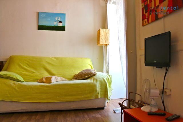 Living Room  - Red Pepper Apartment - Lisbon - rentals