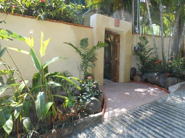 Gabriel Rodriguez entry to Casa Juanita 1 (1st floor) - Casa Juanita Suites - Sayulita - rentals