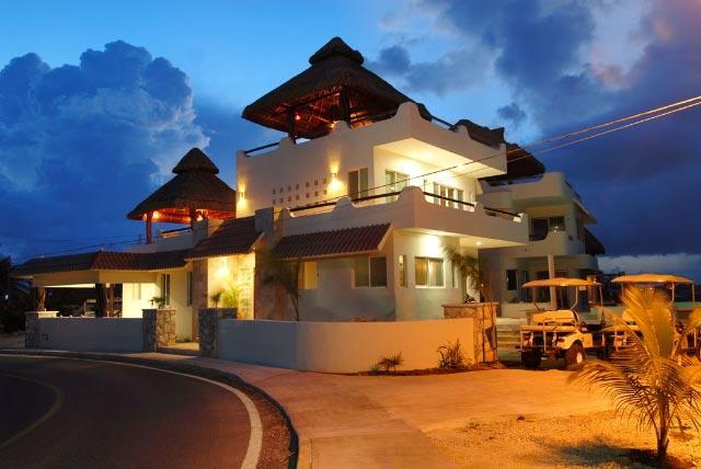 El Castillo Maya at Night - Spacious Oceanfront Home, 5 BR-El Castillo Maya - Isla Mujeres - rentals