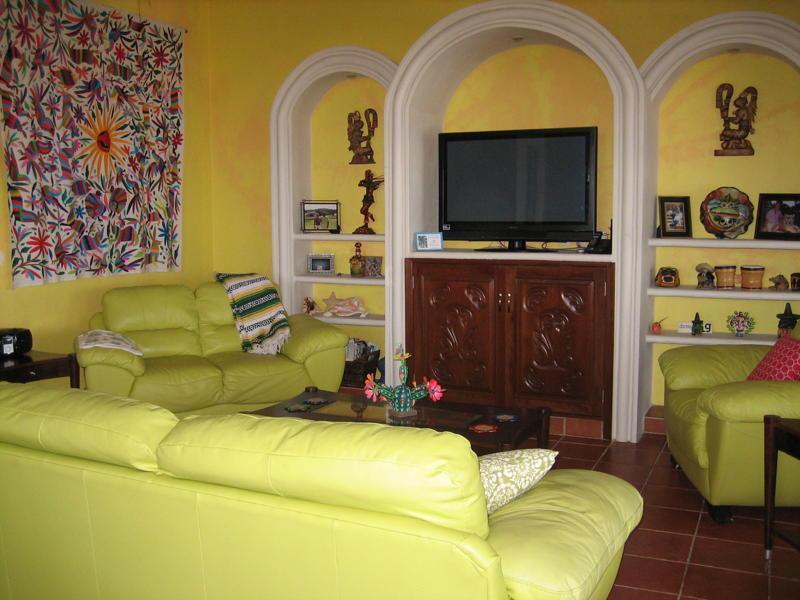 Living Room - Oceanview, Pool, 4BR-Casa de Jaguar - Isla Mujeres - rentals