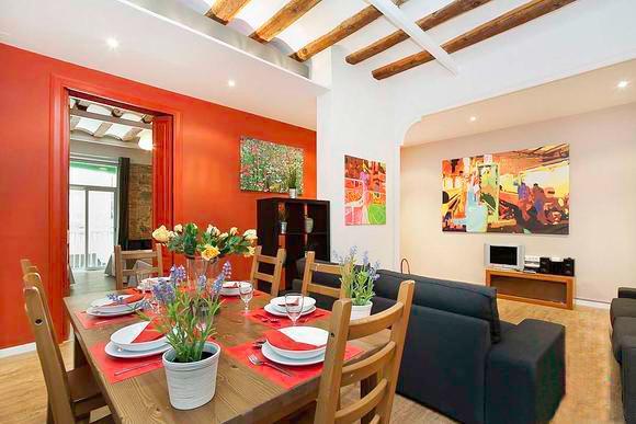 Born Montcada 4 - Large Apartment in Center of Barcelona sleeps 10, 2 bathrooms, 3 bedrooms - Image 1 - Barcelona - rentals