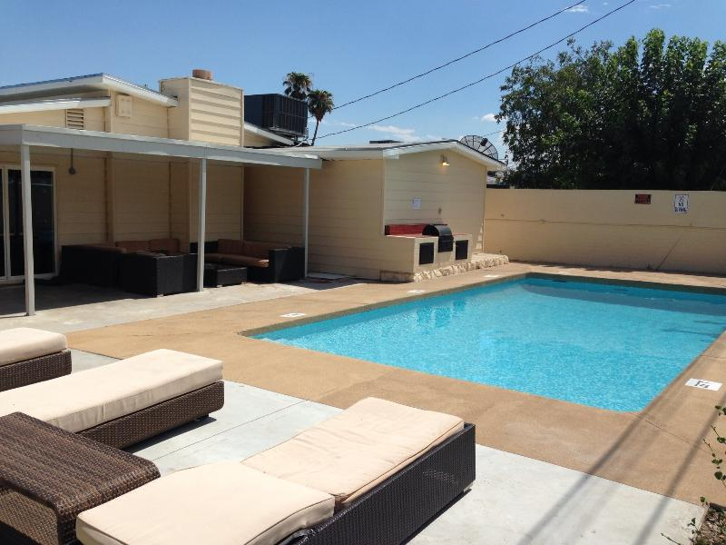 Vegas Vacation Home with Pool, Walk to the Strip - Image 1 - Las Vegas - rentals