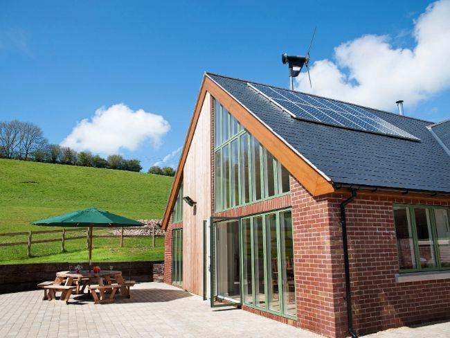 View of the property, a stylish, eco-friendly dairy conversion - LAMPD - Dorset - rentals