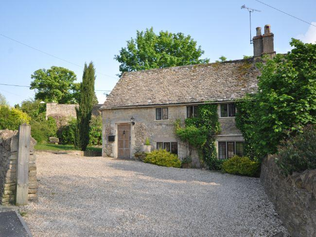 View towards the cottage - UPORC - Great Rissington - rentals