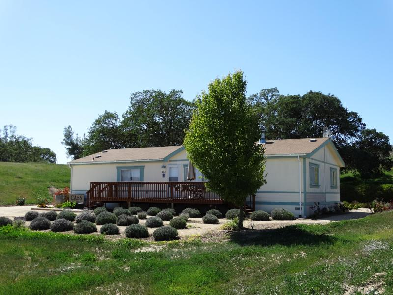 Front view of house - CASS Guesthouse - Paso Robles - rentals