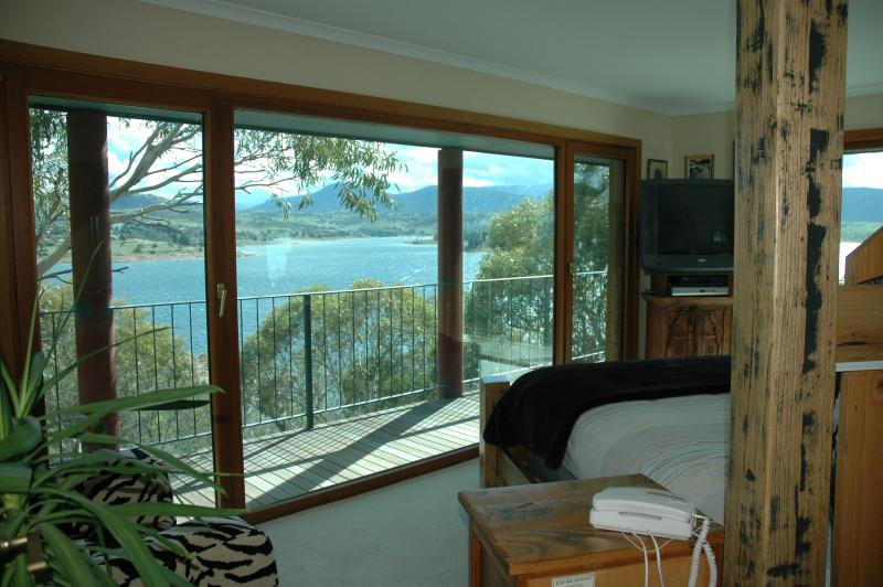 Master Bedroom - The Point Jindabyne - Jindabyne - rentals