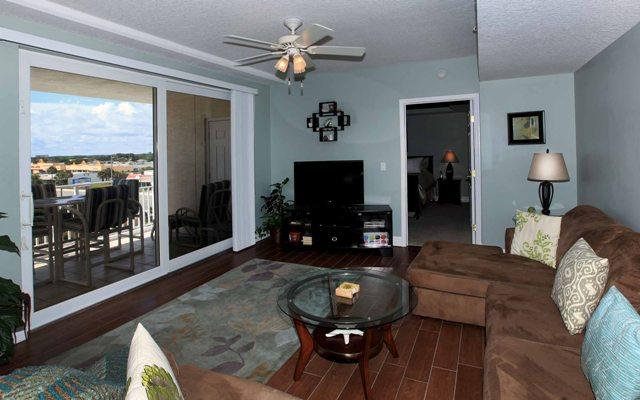 Living room (alternative view). - April/May Condo $pecial-OPUS #405-Ocean/River View - Daytona Beach - rentals