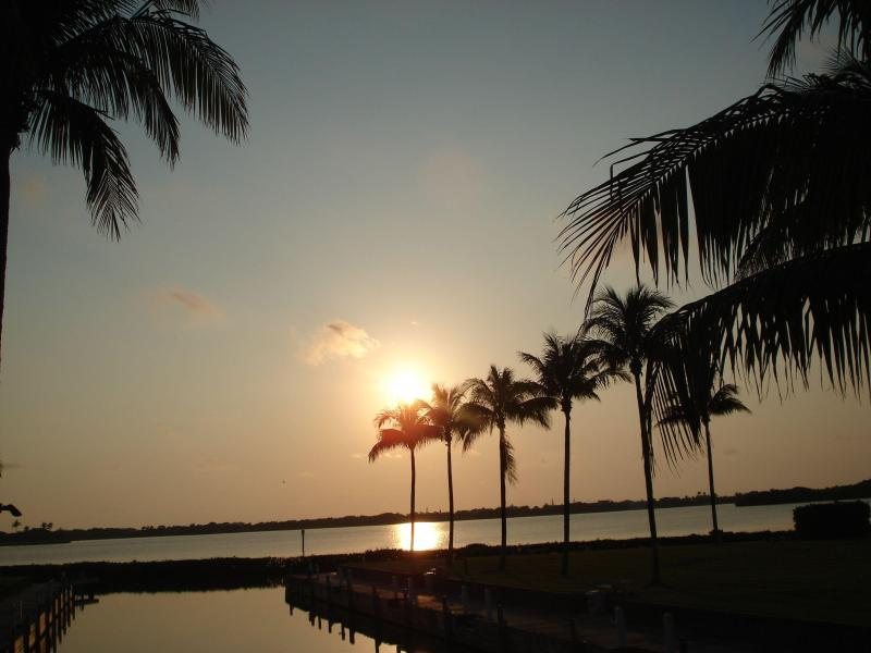 Sunset from your back porch - Waterfront Luxury Vacation Home Rental 43 - Marathon - rentals