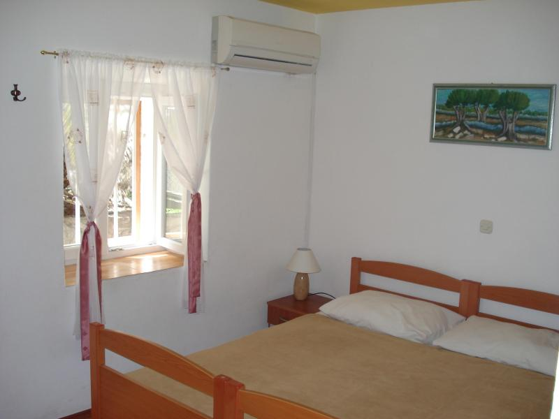 Beauteous stonehouse budget apartment in Split - Image 1 - Split - rentals