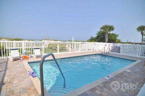 102 Island Sands - Image 1 - Indian Rocks Beach - rentals