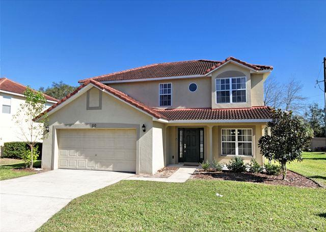 Front View - ENCHANTING REFLECTIONS: 4 Bedroom Pet-Friendly Home with Private Pool and Spa - Davenport - rentals