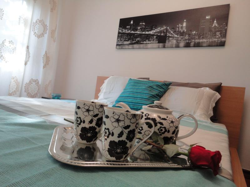 Main Suite - Lovely Huge Deluxe in the Best District of Lisbon - Lisbon - rentals