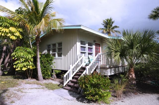 Charming Cottage on Sanibel Island - Image 1 - Sanibel Island - rentals