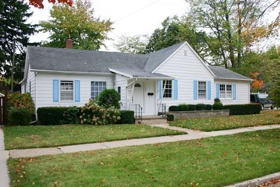 308 Superior - Shorely Heaven- Weekly stays begin on Sundays - South Haven - rentals