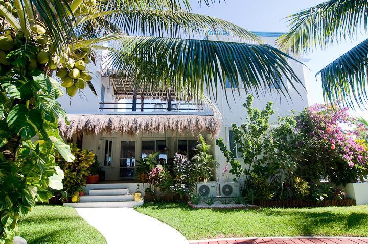 Playa Azul street side - Secluded, romantic 3 brm beach villa - Tankah Bay! - Tulum - rentals