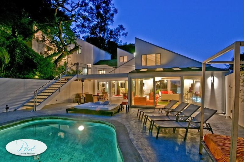 Modern Coldwater Canyon Villa - Image 1 - Beverly Hills - rentals