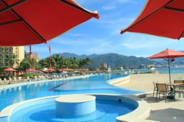 Relax in one of 4 infinity pools with hot-tub - Gorgeous Grand Venetian - Puerto Vallarta - rentals