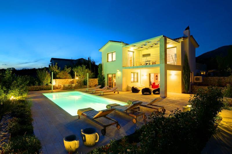 3 Bedroom Grand Villa Corali - Image 1 - Cephalonia - rentals