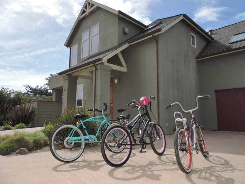 Five bikes for guests - Walk out our front door and along the ocean - Santa Cruz - rentals