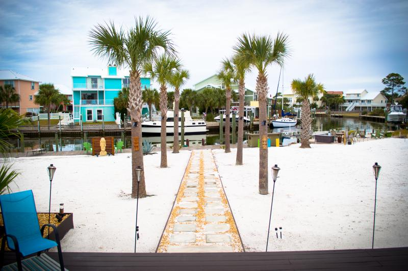 Backyard View of the Bay - Upscale Home 90Ft Dock on Bay! 3Br/2Ba - Pensacola - rentals