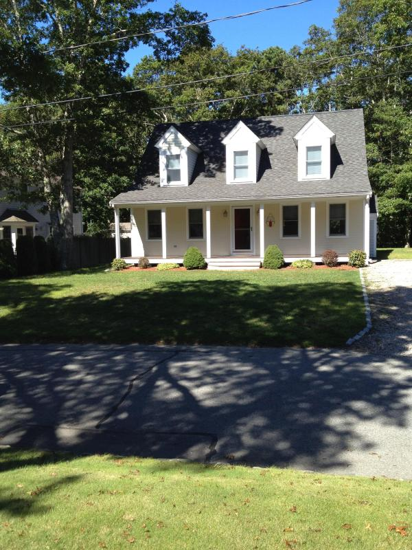 Front of house - Popponesset ,Cape Cod ...What are you waiting for? - Mashpee - rentals