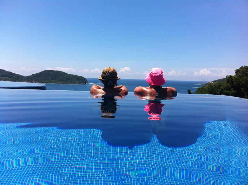 another day in paradise - Spectacular view condo 201a - Zihuatanejo - rentals