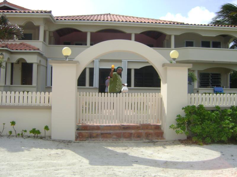 Front Entry - Beautiful Beachfront 2bed/2bath San Pedro Belize - San Pedro - rentals