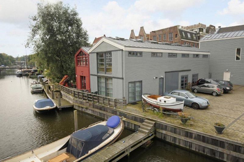 The Boat House building - The Boat House Apartment in Centre of Amsterdam - Amsterdam - rentals