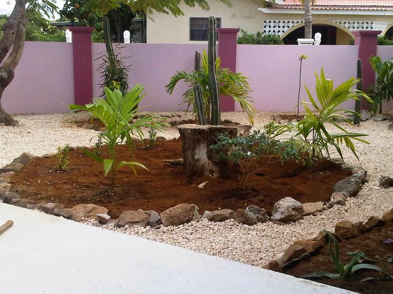 Spacious house Bonaire style with tropical garden - Image 1 - Kralendijk - rentals