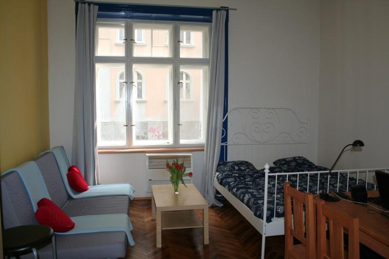 SPECIAL OFFER 1 DAY FREE - Image 1 - Prague - rentals