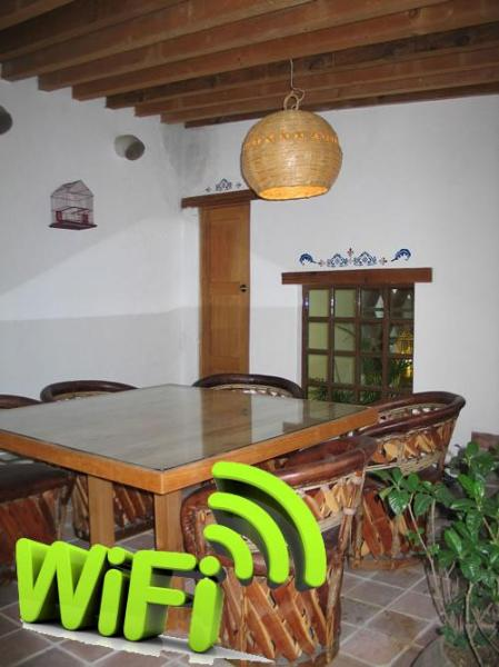 Common area. 360 view from historic Gto. - HISTORIC HOME CONVERTED INTO 4 FURNISHED SUITES - Guanajuato - rentals