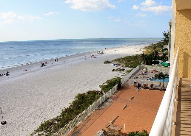 Sea Gate Condominium 304 - Image 1 - Indian Shores - rentals