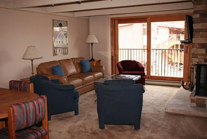 Living area - 2 Bedroom/2 Bath Condo At Chateau Blanc- Unit 4 - Aspen - rentals