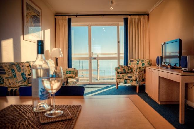 2 bedroom Endeavour living room - note balcony not private - Baybeachfront 2 Bedroom Endeavour - Glenelg - rentals