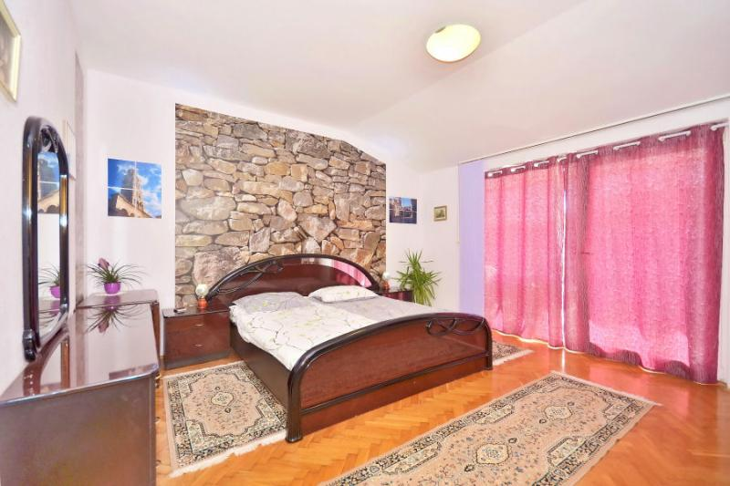 Apartment Slavica - Image 1 - Split - rentals