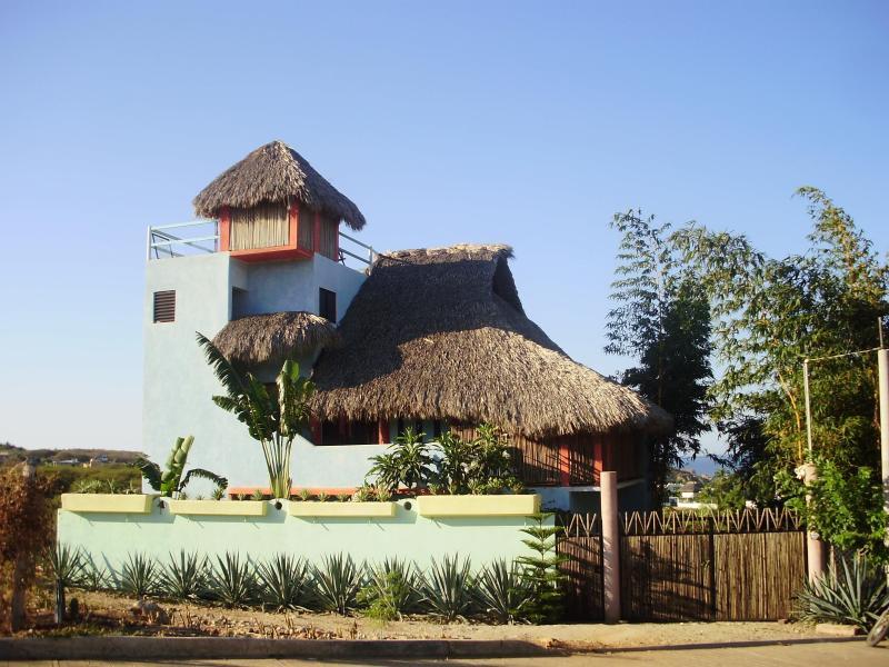 4 Bdrm House, Zicatela, Pto. Escondido, La Punta - Image 1 - Puerto Escondido - rentals