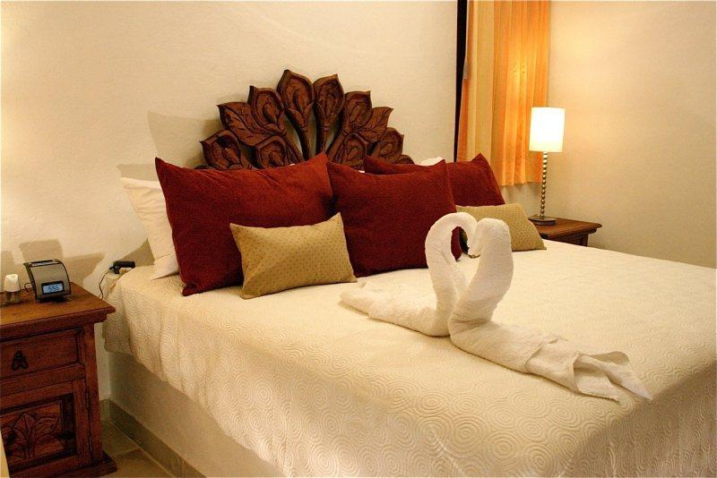 Playa del Carmen Hotel Room at the BRIC Hotel - King Room 23 - Image 1 - Playa del Carmen - rentals