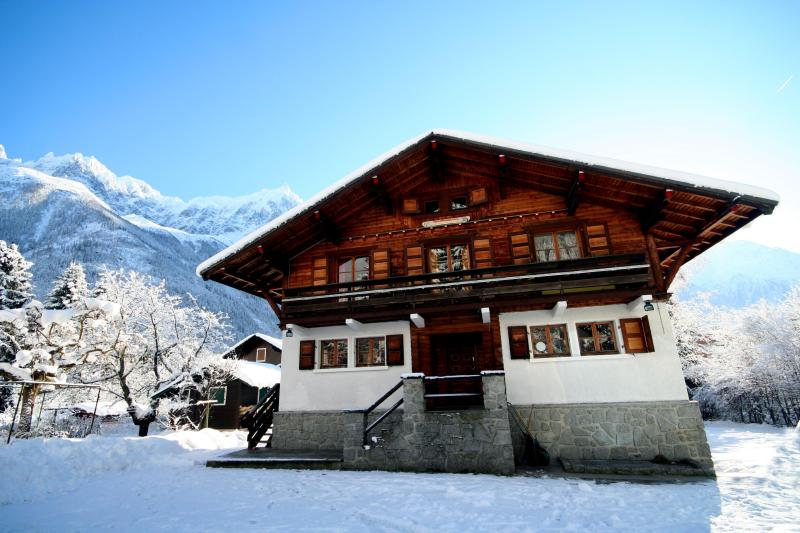 Chalet 715 in Winter with clear views of the Mt Blanc range including the Aguille du Midi - Chalet 715 - Stunning 7 bedroom chalet in Chamonix - Chamonix - rentals