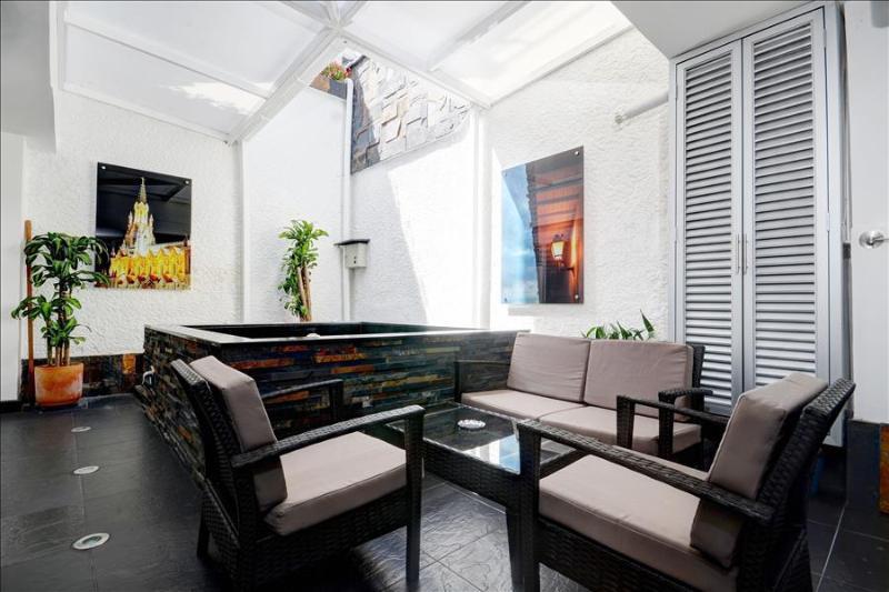 Jacuzzi Pad In Super Hip Area - Image 1 - Medellin - rentals