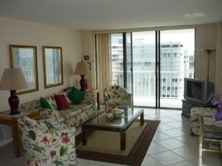 Living Area - South Seas 3-1811 - Marco Island - rentals